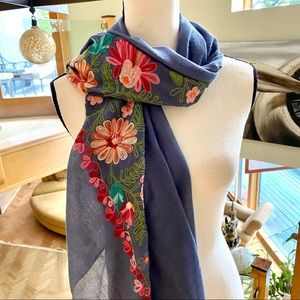 GORGEOUS Blue Floral Embroidery Scarf🌺 Boutique🌸